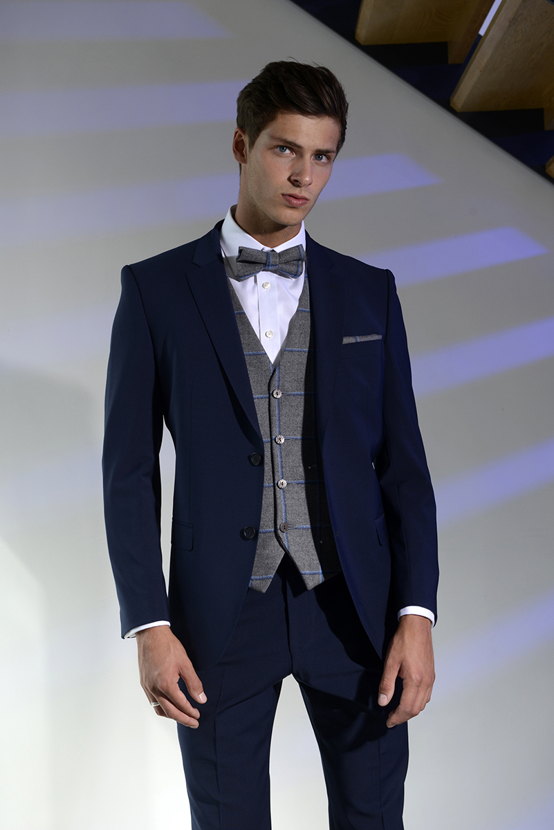 navy-lounge-suit-hire-leigh-tweed-bow-tie
